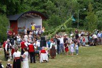 Midsommar, una gran fiesta para recibir al verano en Suecia