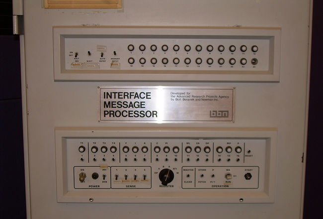 bbn-arpanet-router.jpg