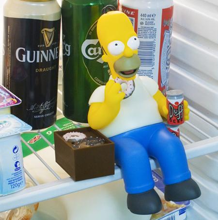 Homer cuidará de que no te roben la cerveza