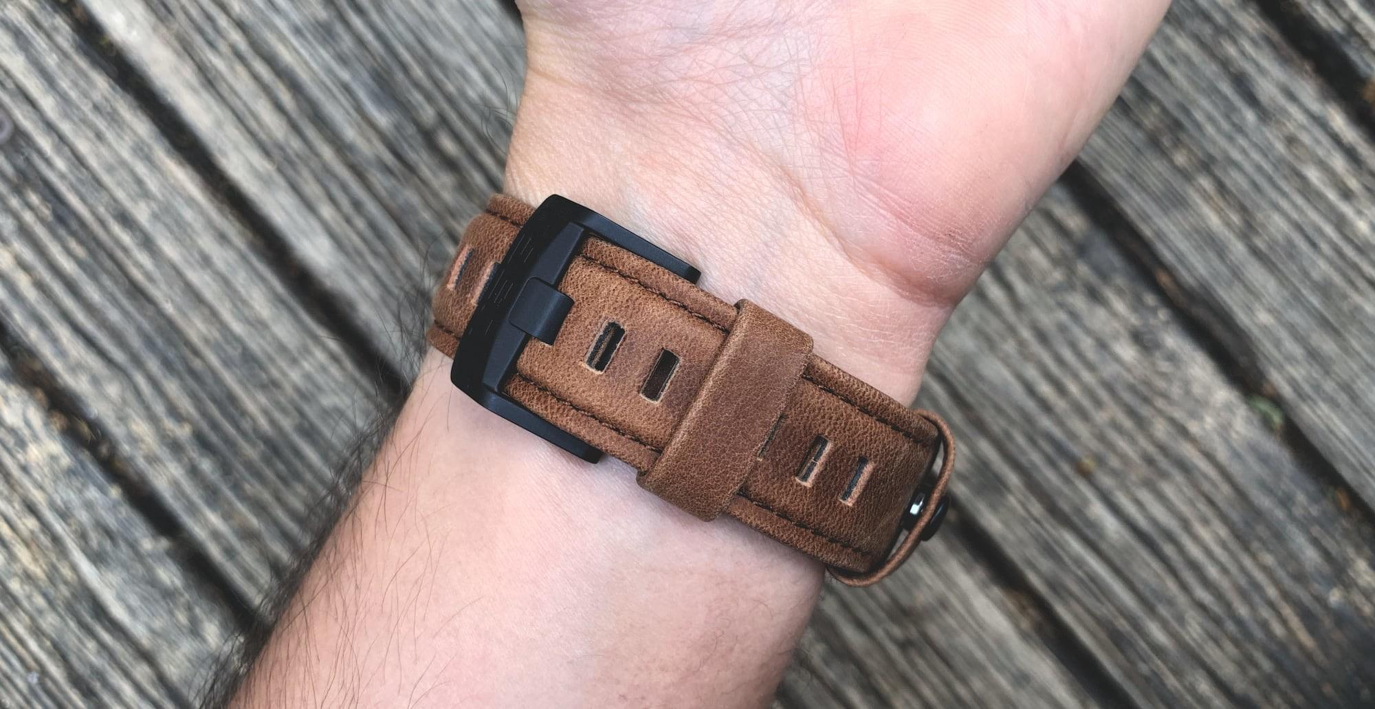 Foto de UAG Leather Strap para Apple Watch (3/18)