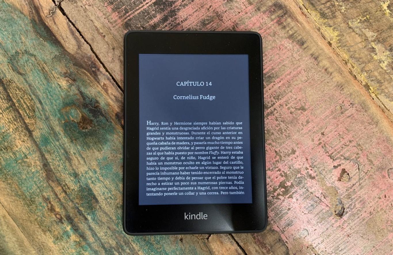 Kindle Paperwhite (2018): el doble de almacenamiento para un lector que ahora también es resistente al agua