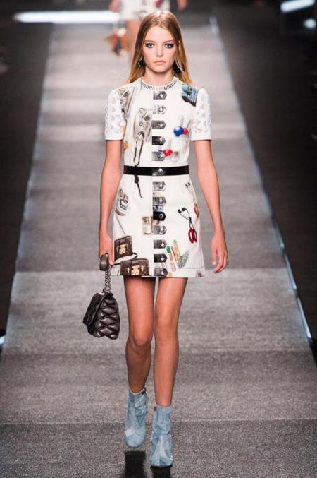 Modelos Ninas Pequenas Edad Minima Roos Abels Louis Vuitton