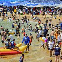 Estas son las playas con más restos de heces fecales en México según Cofepris y Semarnat
