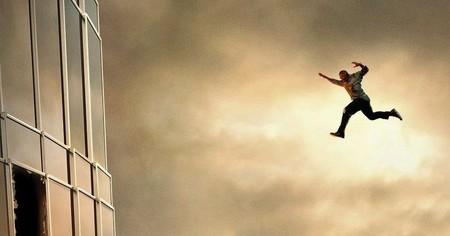 El tráiler de 'El rascacielos' nos muestra a Dwayne Johnson en modo John McClane