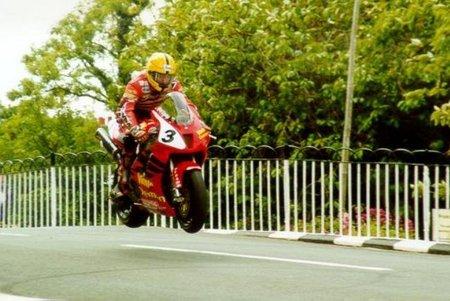 Joey Dunlop Ballaugh 2000