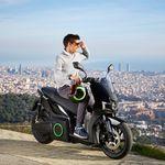 Con 115 km de autonomía y por 5.995 euros: así es el primer scooter eléctrico para particulares de Silence