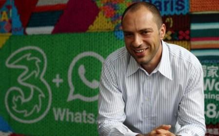 WhatsApp presume de 350 millones de usuarios al mes, BlackBerry de 5 millones de descargas de BBM