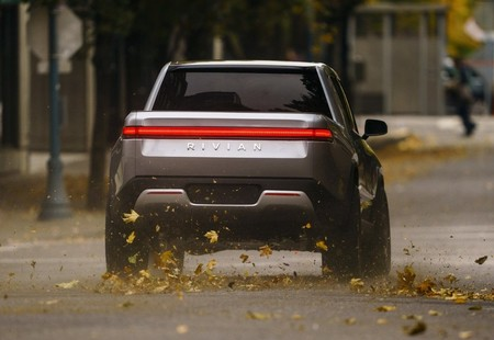 Rivian General Motors Amazon Inversion