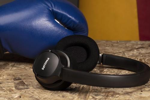 """Los nuevos auriculares para deportistas de Philips apuestan por la limpieza con rayos UV, refrigeración por gel y """"smart pairing"""""""