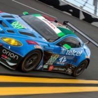 Tres mexicanos en las 24 horas de Daytona con el apoyo de los patrocinios de Checo Pérez.
