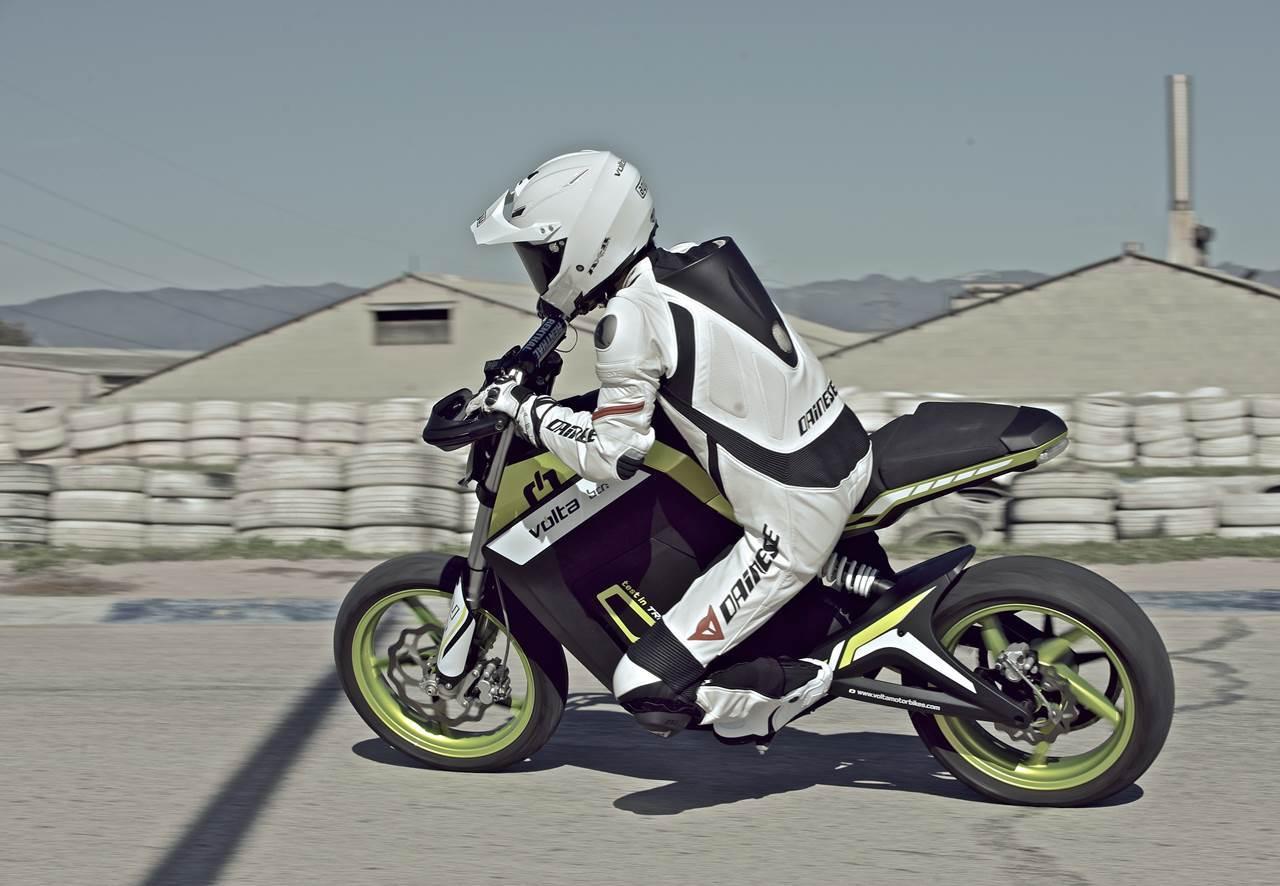 Foto de Salón de Milán 2012: Volta Motorbikes entra en la fase beta de su motocicleta - Volta BCN Track (10/28)