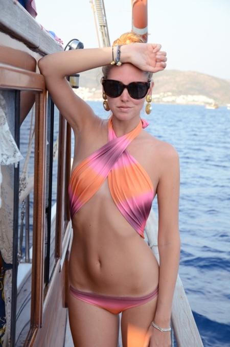 chiara bikini