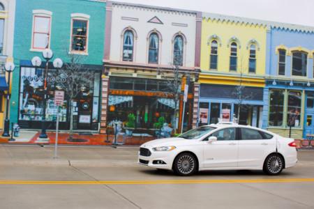 Ford es la primera en estrenar MCity, la ciudad falsa de los coches autónomos