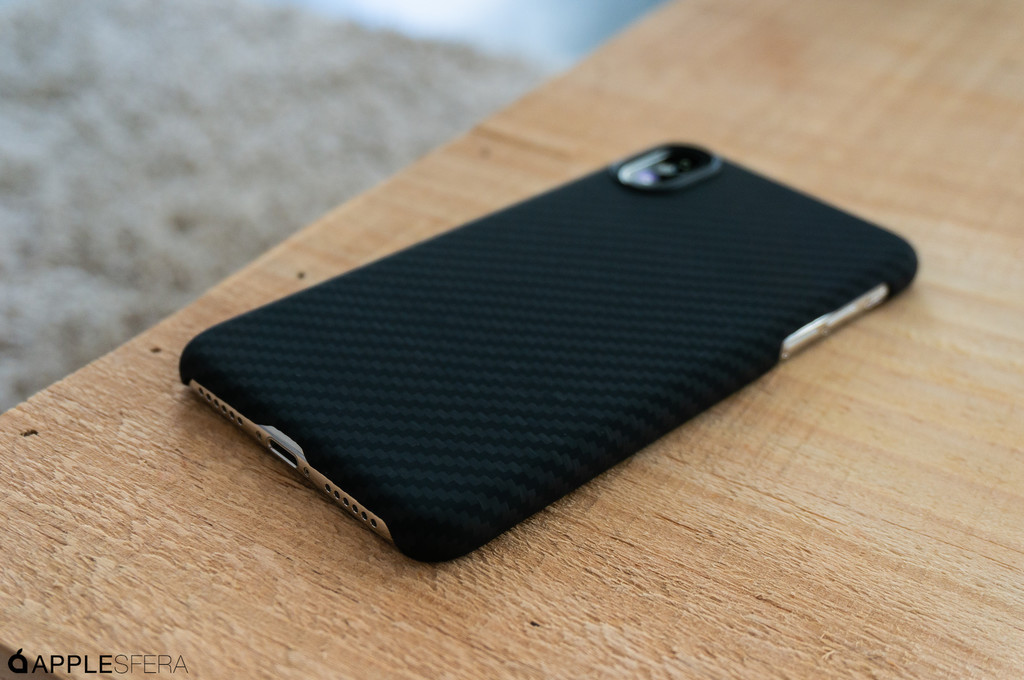 Funda Antibalas Iphone Applesfera Pitaka Magcase 07