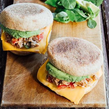 Atún a la mexicana en muffin inglés: receta