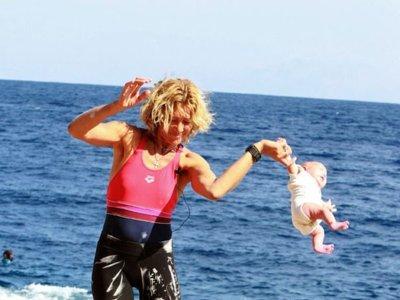 ¿Yoga extremo para bebés o maltrato?