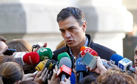 Tres posibles resultados de la moción de censura que el PSOE ha presentado contra Mariano Rajoy