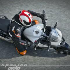 Foto 6 de 23 de la galería honda-vfr800x-crossrunner-accion en Motorpasion Moto