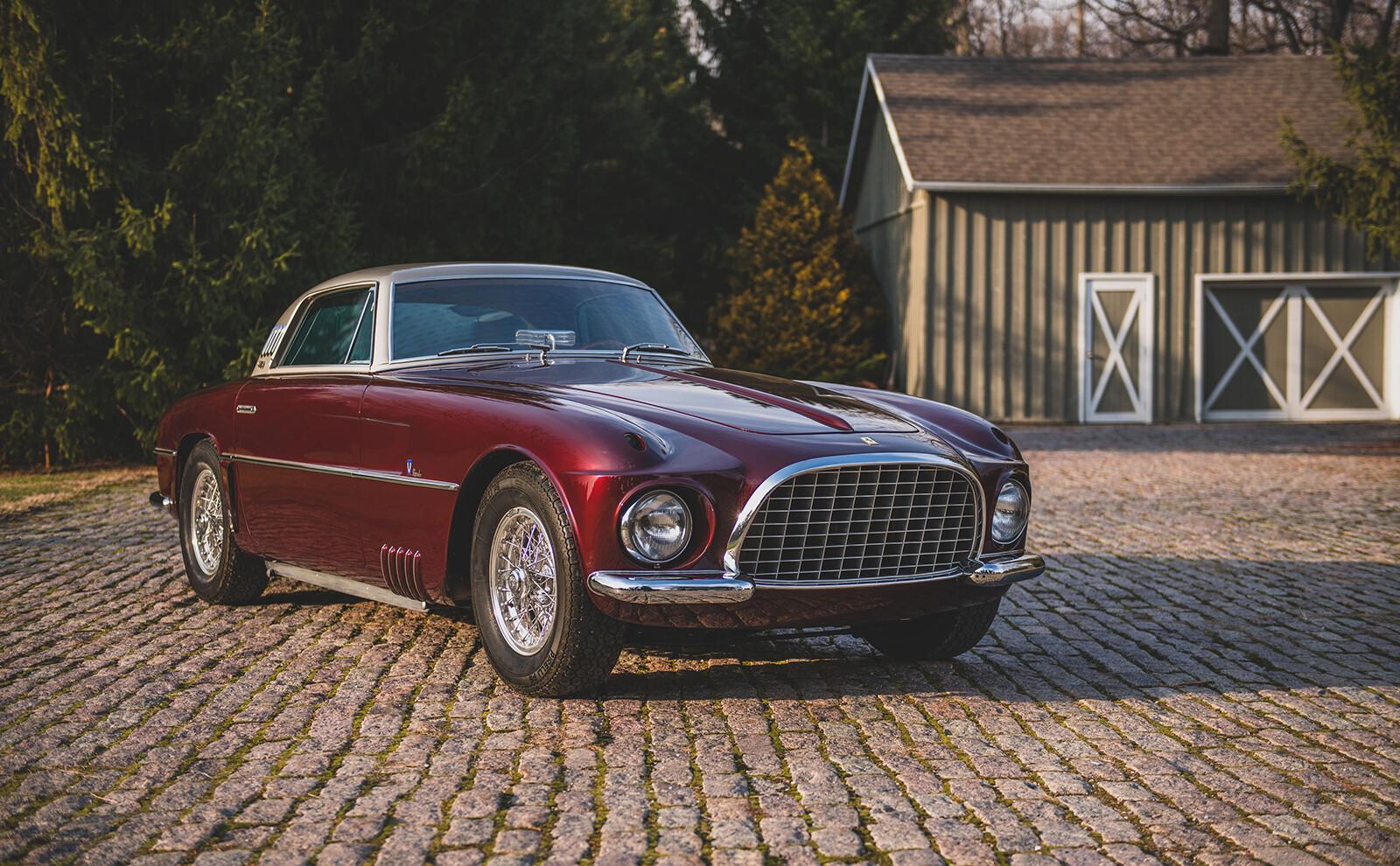 Foto de Ferrari 375 America Coupe Vignale (1954), a subasta (2/16)