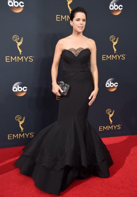 Emmy 2016 9