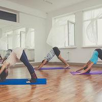 Lo que puedes esperar de una clase de Kundalini Yoga, el Yoga de la energía y la conciencia