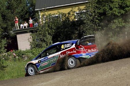 Rally de Finlandia 2011: La guerra civil en Citroën permite a Jari-Matti Latvala sumarse a la pelea