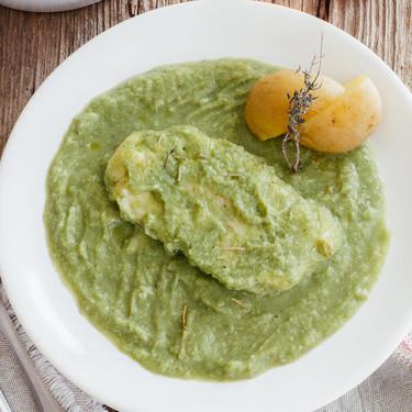 Filetes de pescado en salsa de brócoli. Receta fácil y saludable