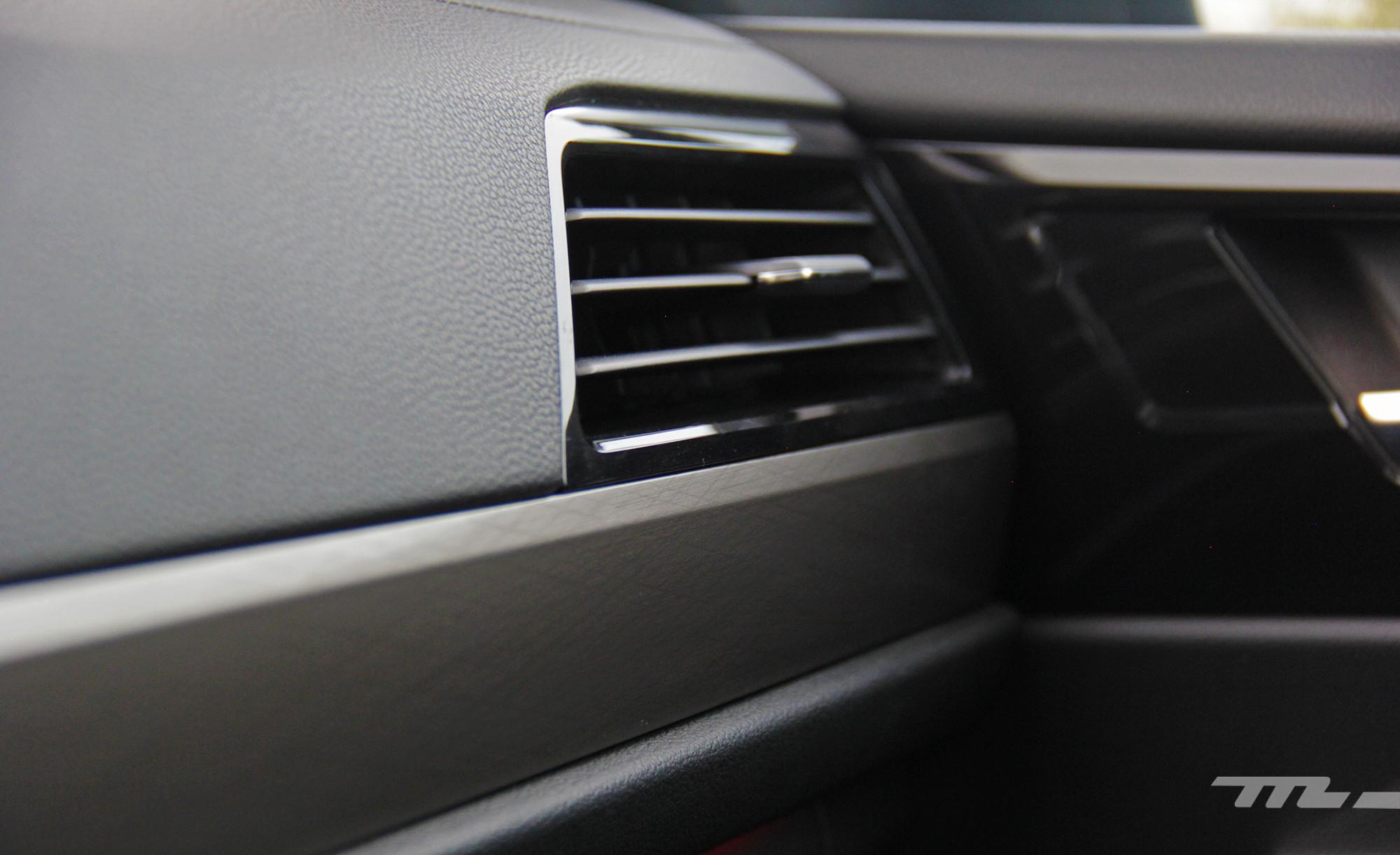 Foto de Volkswagen Jetta 2019 (18/34)