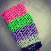 La funda para el móvil hecha con gomitas