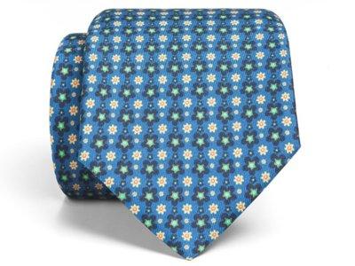 La corbata de seda y lino es la reina del estilo primaveral de SOLOiO