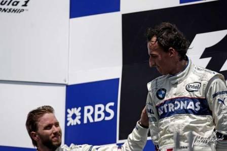 Nick Heidfeld no estaba muy feliz en el podium