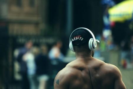Dime qué ejercicio haces y te diré la playlist perfecta para motivarte