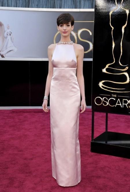 Anne Hathaway Prada Oscar