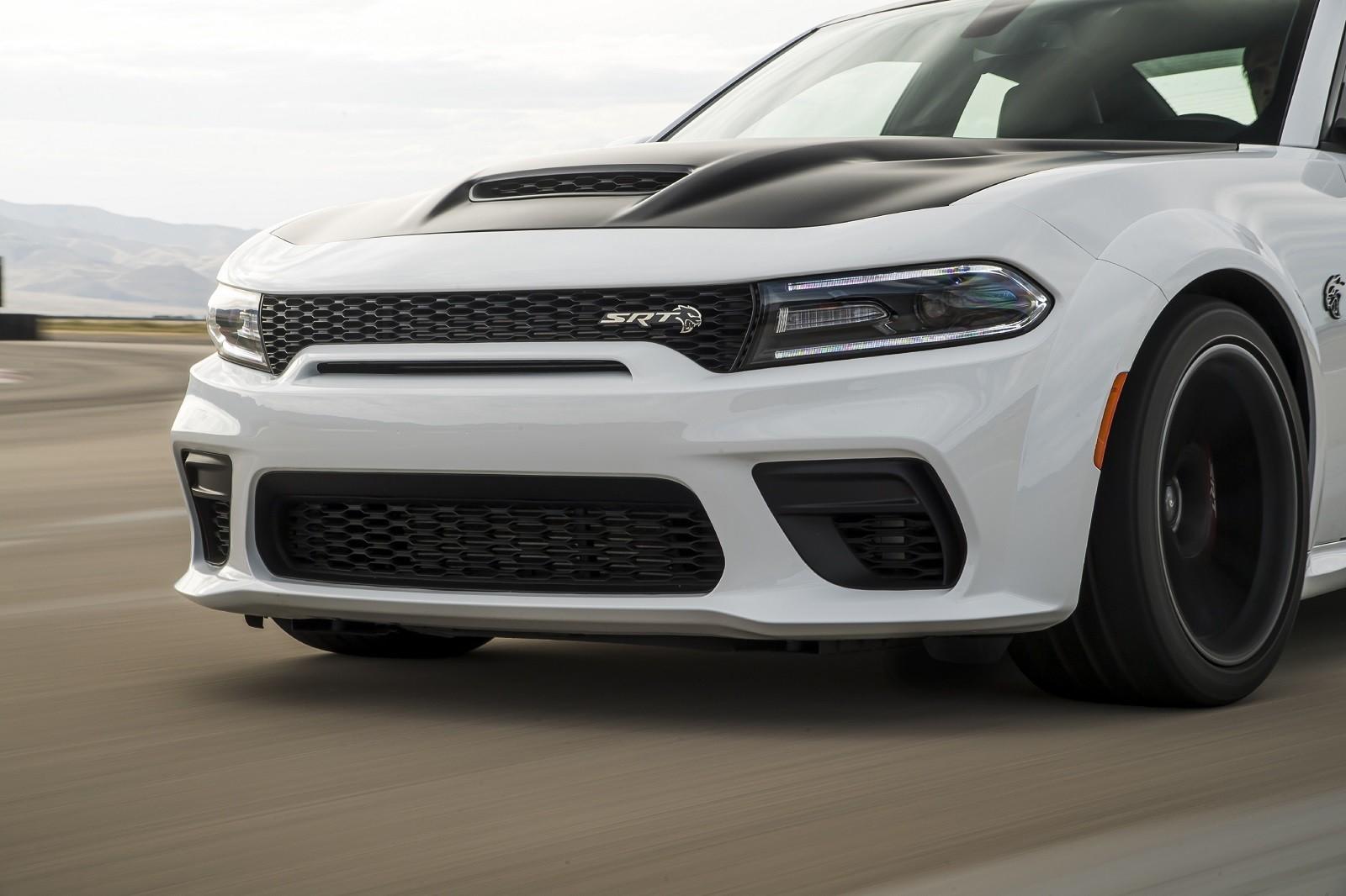 Foto de Dodge Charger SRT Hellcat Redeye 2021 (45/49)