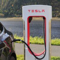 Tesla por fin abrirá su red de cargadores para vehículos eléctricos de otras marcas