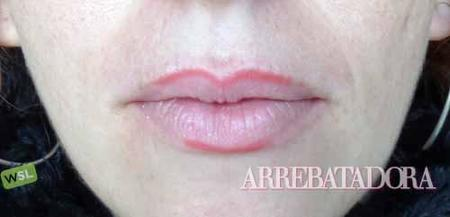 Cómo delinear los labios fácilmente: 2 pasos, 2 fotos