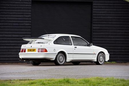 Este impoluto Ford Sierra RS Cosworth de 1987 sale a subasta con un precio estimado de hasta 84.000 euros