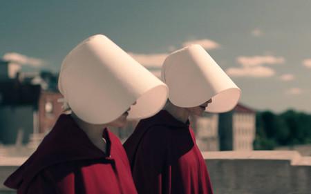 ¿Podría erradicarse la tecnología de consumo en un mundo como el de 'The Handmaid's Tale'?