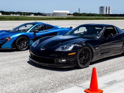 El Corvette eléctrico de Genovation vuelve a batir el récord de velocidad: 330 kilómetros por hora