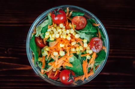 Las dietas anticáncer no existen (y quien diga lo contrario te quiere engañar)