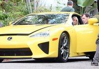 ¡NO! Paris Hilton también tiene un Lexus LFA