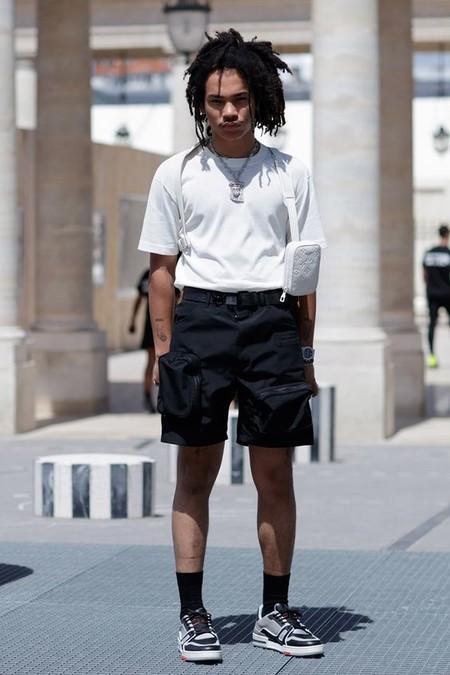 El Mejor Street Style De La Semana Blanco Y Negro Combinacion Triunfante 2020 Trendencias Hombre 04