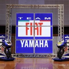 Foto 1 de 11 de la galería team-fiat-yamaha-presentacion-equipo-2008 en Motorpasion Moto