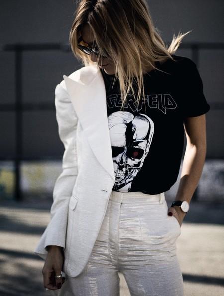 La tipografía de según qué bandas de música inspira a las camisetas del momento