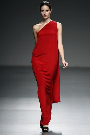 Foto de Alazne Bilbao, mejor modelo de Cibeles 2010 (10/12)
