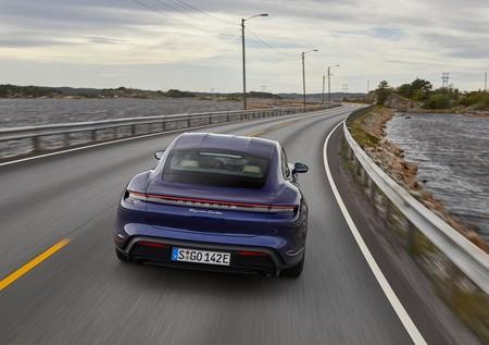 Porsche Taycan Turbo 2020 1280 49