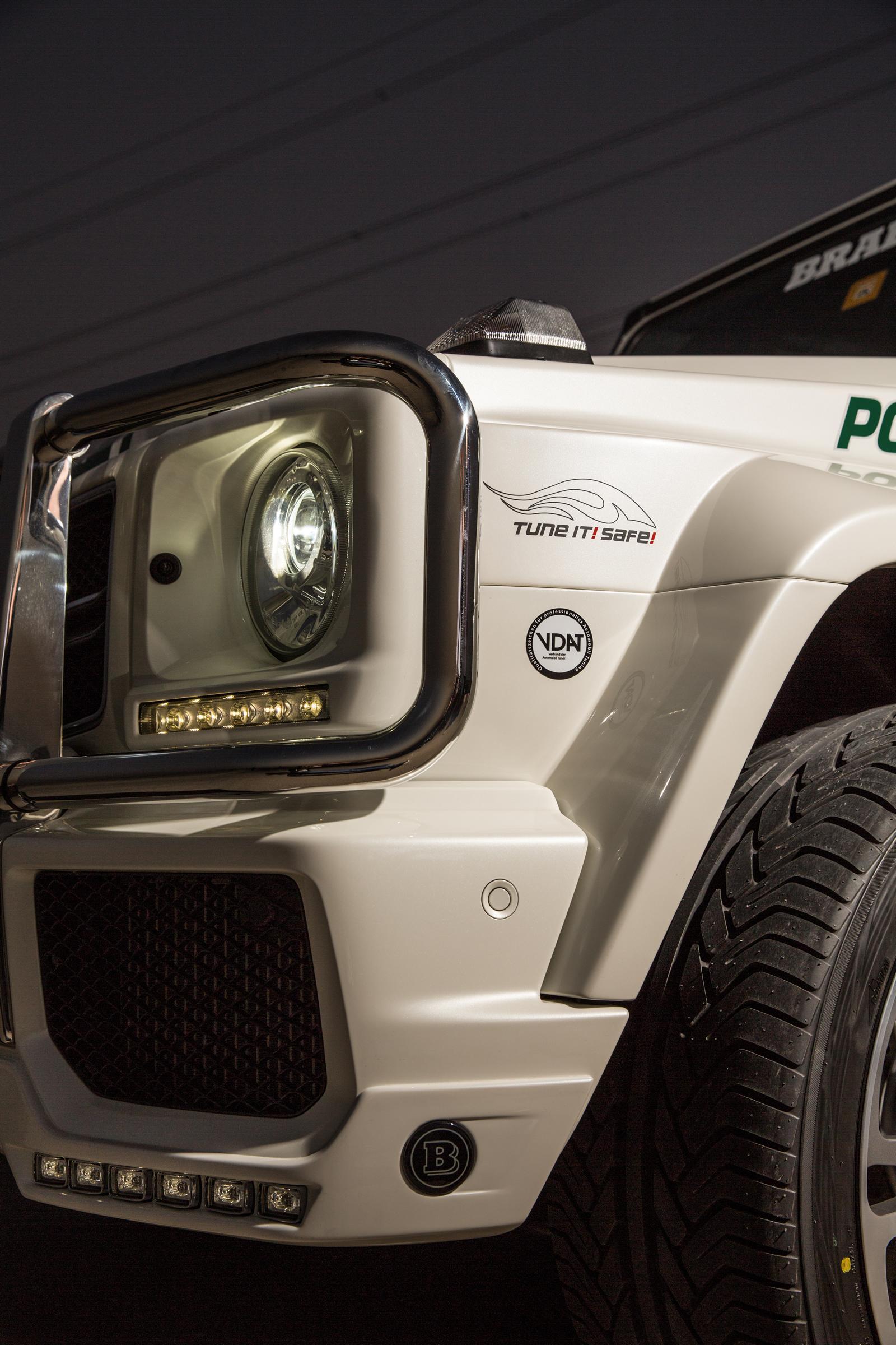 Foto de Brabus B63S–700 Widestar Policía Dubái (18/30)