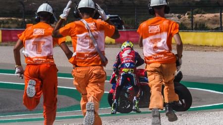 """Álvaro Bautista desperdició el mejor fin de semana de la Honda CBR1000RR-R con dos caídas: """"Es decepcionante"""""""