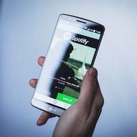 """Spotify advierte a los usuarios gratuitos que roban el servicio Premium: """"podremos cancelar tu cuenta"""""""