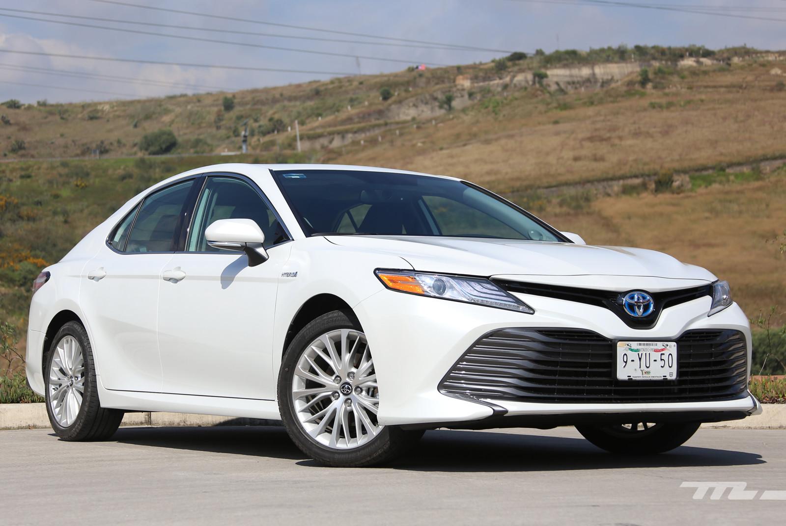 Toyota Camry Hybrid (prueba)